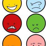 Шесть разноцветных эмотиконов