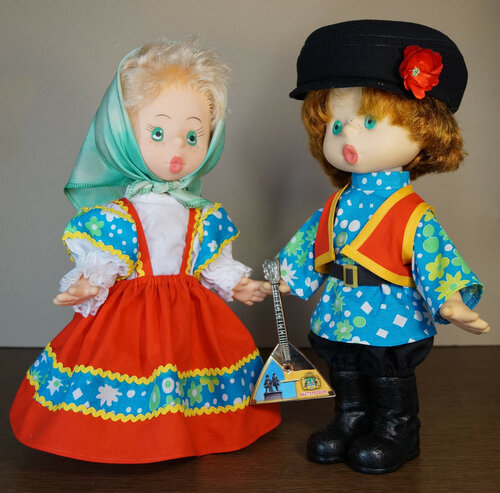 Куклы Иван и Марья в русских народных костюмах