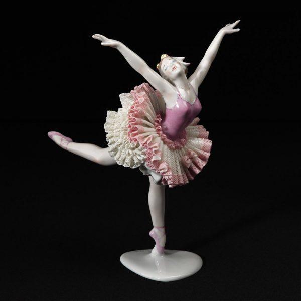 Статуэтка балерины